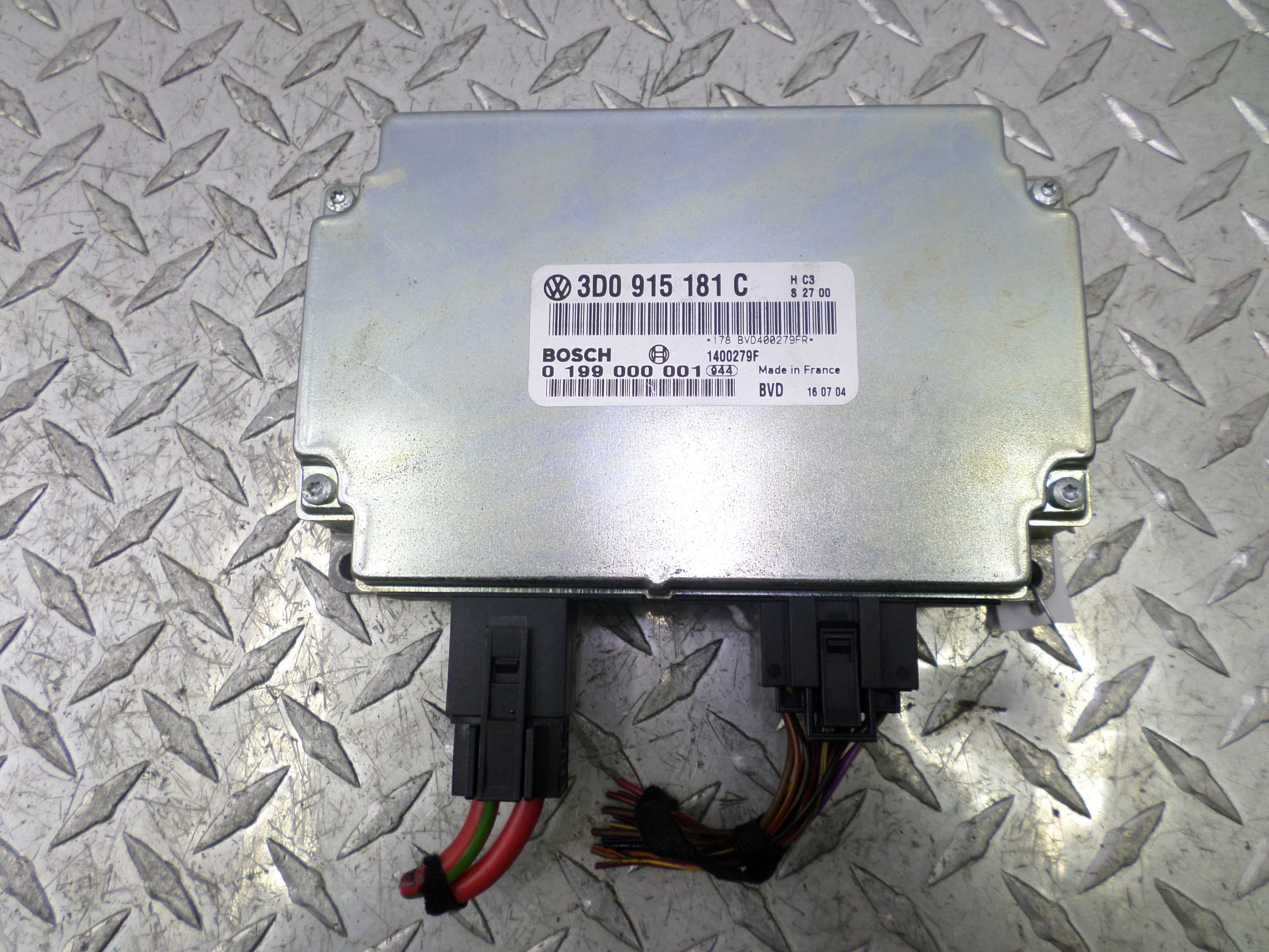 Блок управления аккумулятором (АКБ)   3D0915181C
